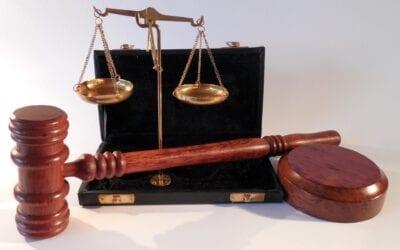 Juristtjänster